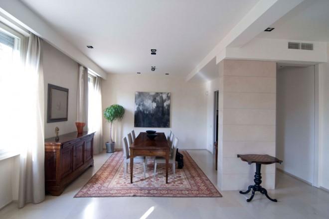 Iablu casa sui viali for Arredare con mobili antichi e moderni